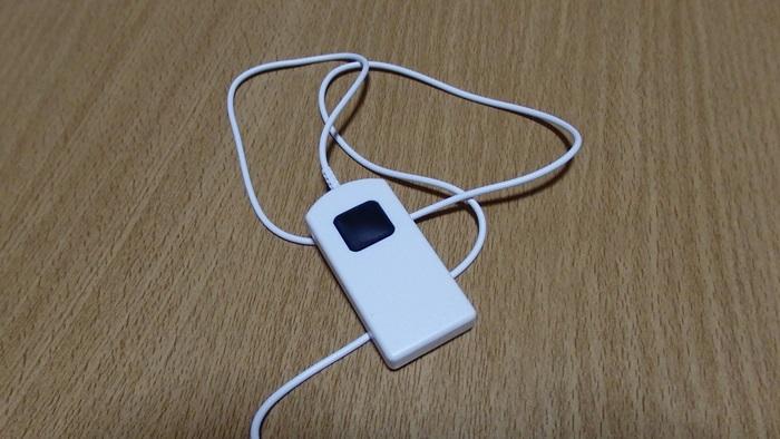 自撮りに便利なiPhone用シャッター延長ケーブル
