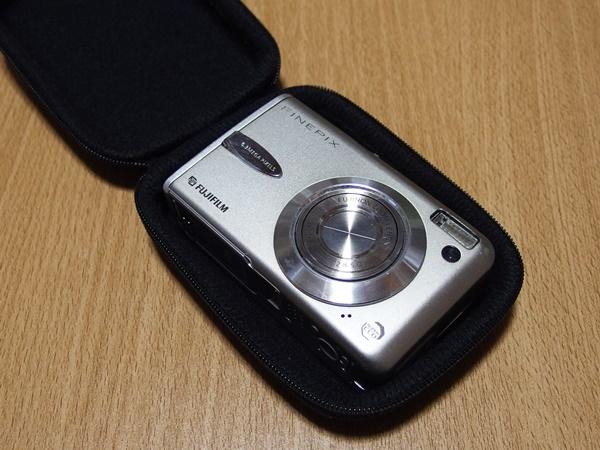 セリアのデジタルカメラハードケースの使いどころ