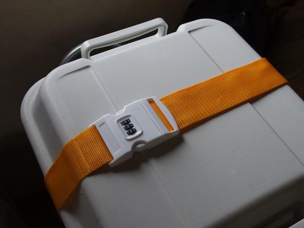 盗難防止に役立つスーツケースベルト、ダイヤルロックタイプ