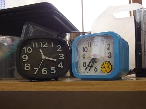 ダイソーの目覚まし時計4