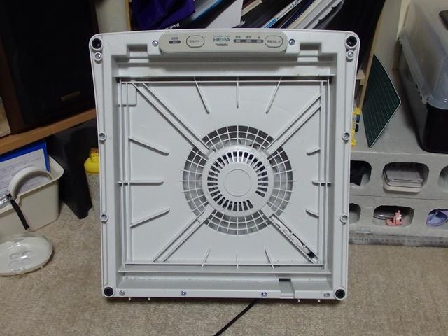 ツインバードの空気清浄機のフィルター交換